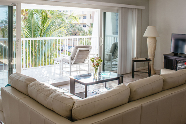 Sea Spray Inn Penthouse Home Page_Re_size_600